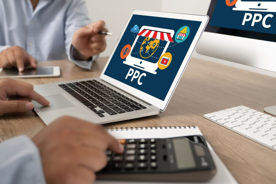 ppc pay per click concept businessman